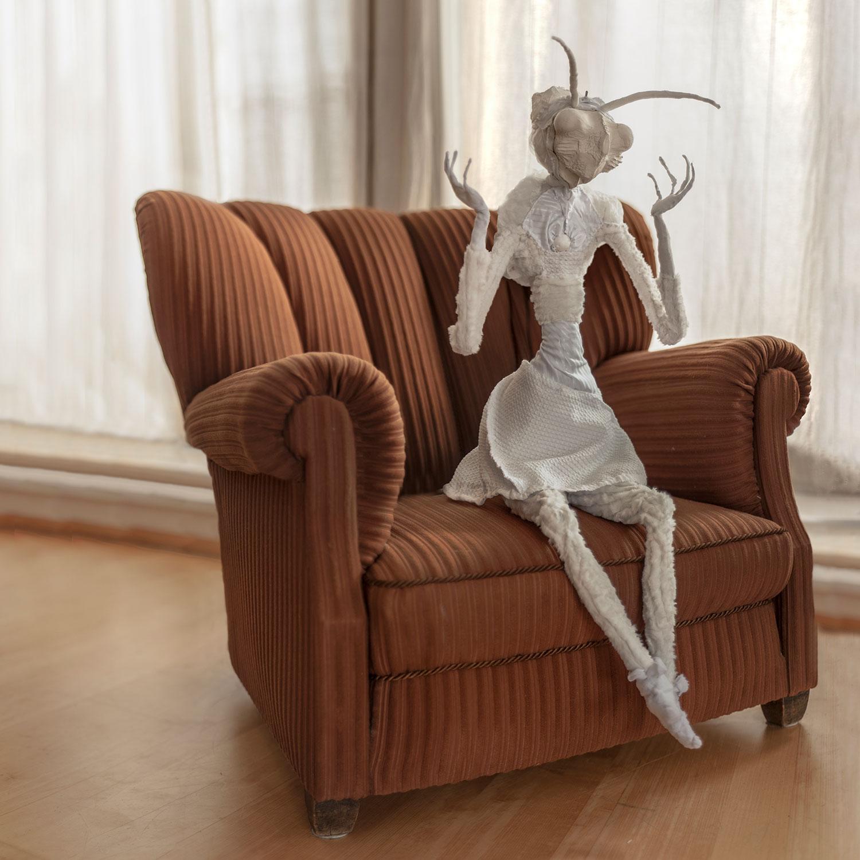 Kudlanka — svítící objekt Evy Spacelights. Nečasové